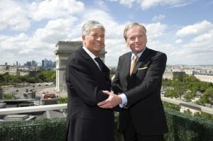 Maurice Levy & John Wren Shaking Hands